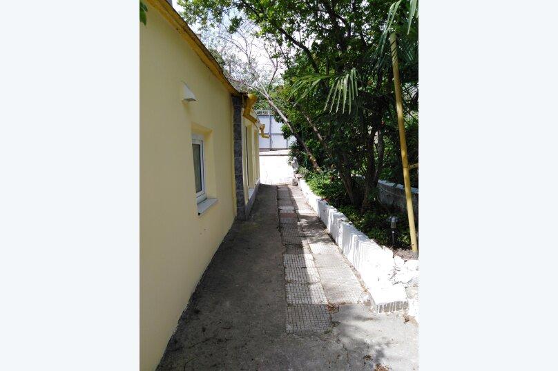 Главный дом 2-я половина, 60 кв.м. на 5 человек, 2 спальни, Пролетарская улица, 19, Гурзуф - Фотография 17