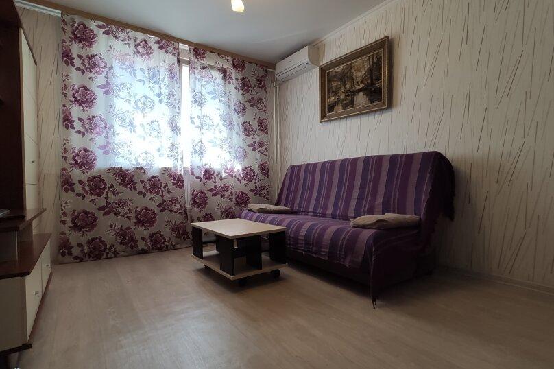 1-комн. квартира, 30 кв.м. на 3 человека, Революционная улица, 56, Тольятти - Фотография 9
