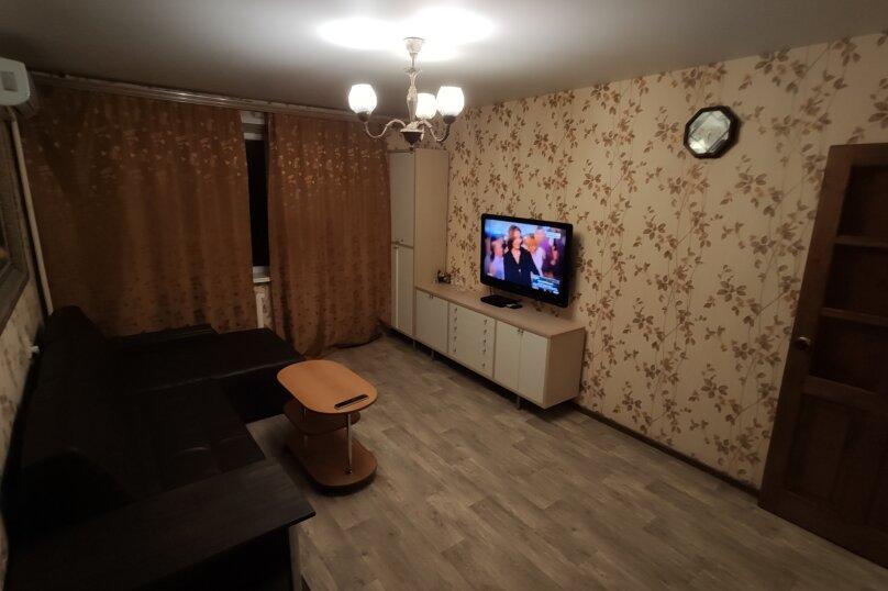 1-комн. квартира, 42 кв.м. на 1 человек, улица Автостроителей, 5, Тольятти - Фотография 4