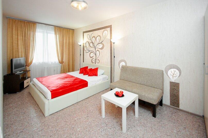 1-комн. квартира, 33 кв.м. на 2 человека, улица Академика Сахарова, 30, Челябинск - Фотография 1