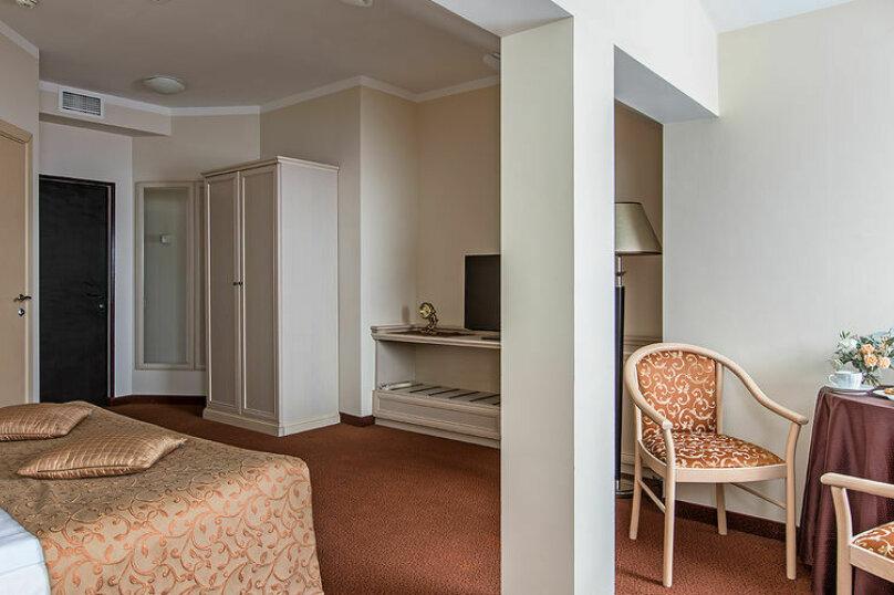 """Отель """"Hotel & Spa Clever"""", улица Папивина, 10С2 на 20 номеров - Фотография 27"""