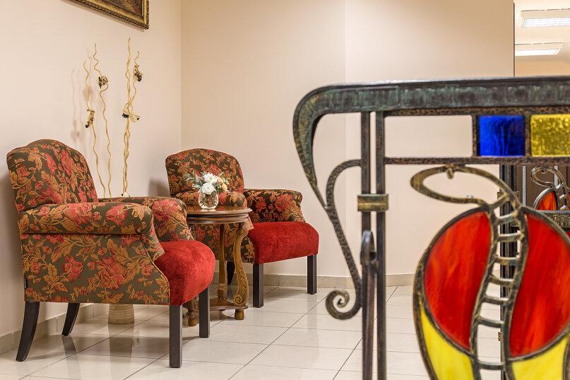 """Отель """"Hotel & Spa Clever"""", улица Папивина, 10С2 на 20 номеров - Фотография 6"""