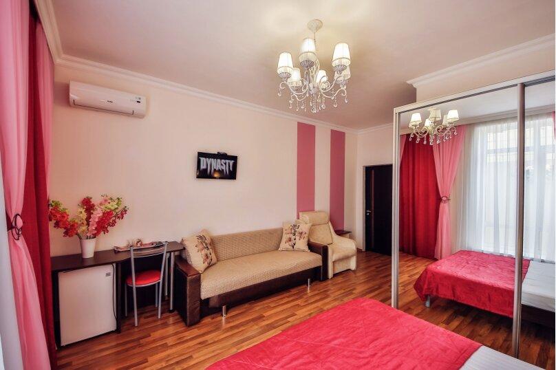 """Гостевой дом """"Прага"""", Партизанская улица, 58А на 8 комнат - Фотография 48"""