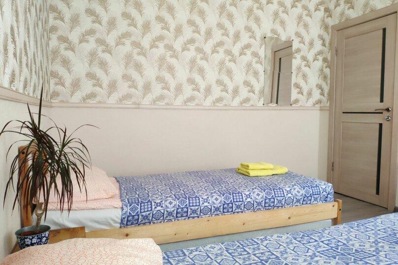 Семейная двухместная комната с двумя доп.кроватями, Красная улица, 5/41, Пятигорск - Фотография 1