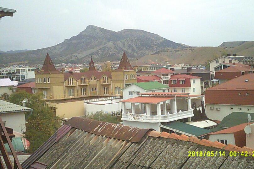 Двухместные номера с балконом и видом на море и горы (два номера). Один с дополнительным местом., улица Гагарина, 73, Судак - Фотография 1