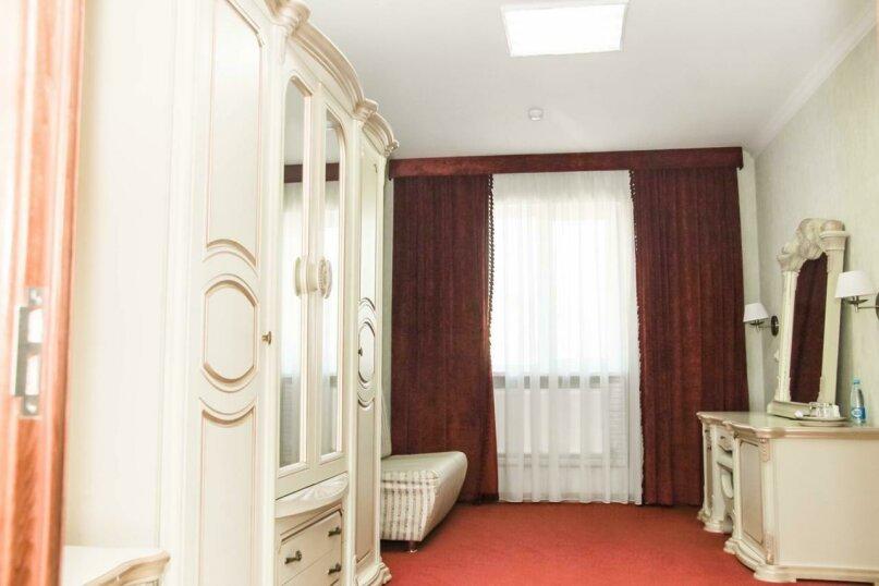 Отель «Уют» , улица Ленина, 20 на 10 номеров - Фотография 2