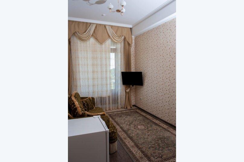 """Отель """"Калифорния"""", улица 60 лет ВЛКСМ, 35 на 38 номеров - Фотография 60"""