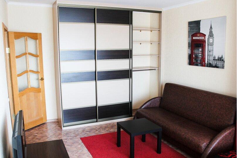 1-комн. квартира, 38 кв.м. на 4 человека, улица 10 лет Октября, 105, Омск - Фотография 5