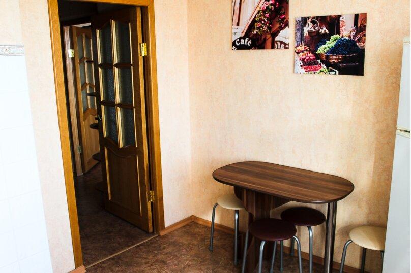 1-комн. квартира, 38 кв.м. на 4 человека, улица 10 лет Октября, 105, Омск - Фотография 8