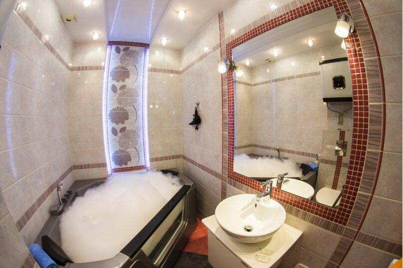 2-комн. квартира, 40 кв.м. на 4 человека, улица Маяковского, 97, Омск - Фотография 5