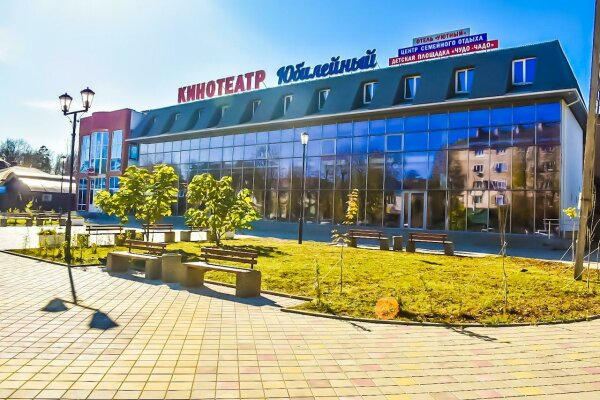 Отель, улица Ленина, 20 на 10 номеров - Фотография 1