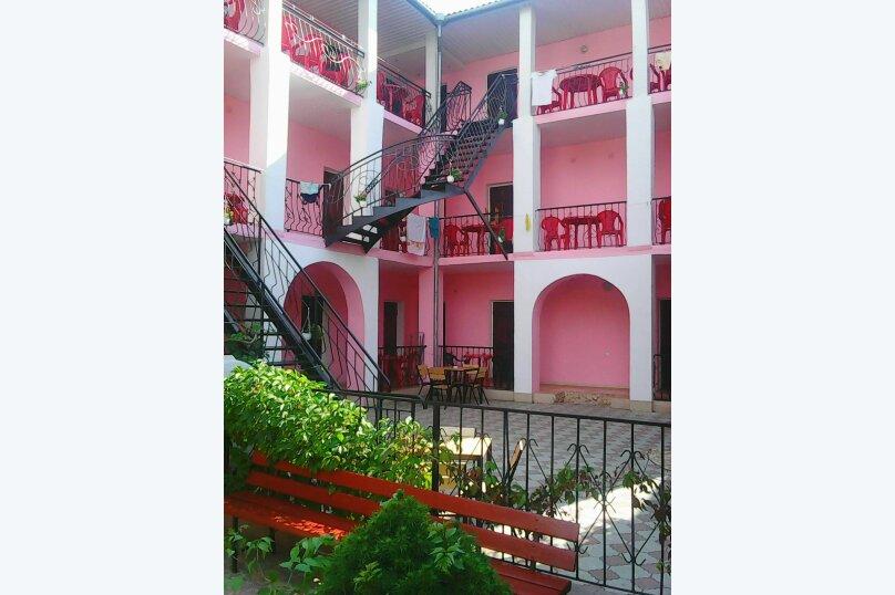 """Гостевой дом """"Розовый"""", улица морская, 4 на 18 комнат - Фотография 17"""