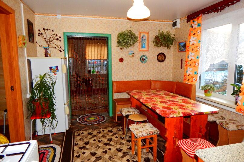 Гостевой дом, 80 кв.м. на 10 человек, 3 спальни, Советская улица, 128, Чемал - Фотография 8