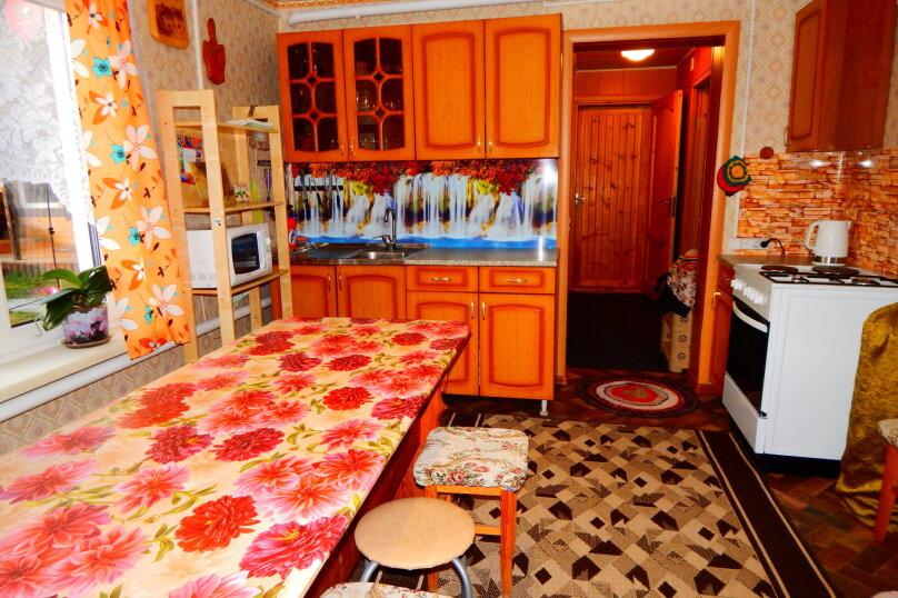 Гостевой дом, 80 кв.м. на 10 человек, 3 спальни, Советская улица, 128, Чемал - Фотография 9