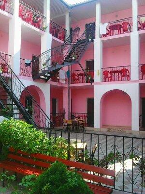 Гостевой дом, улица морская, 4 на 18 номеров - Фотография 1