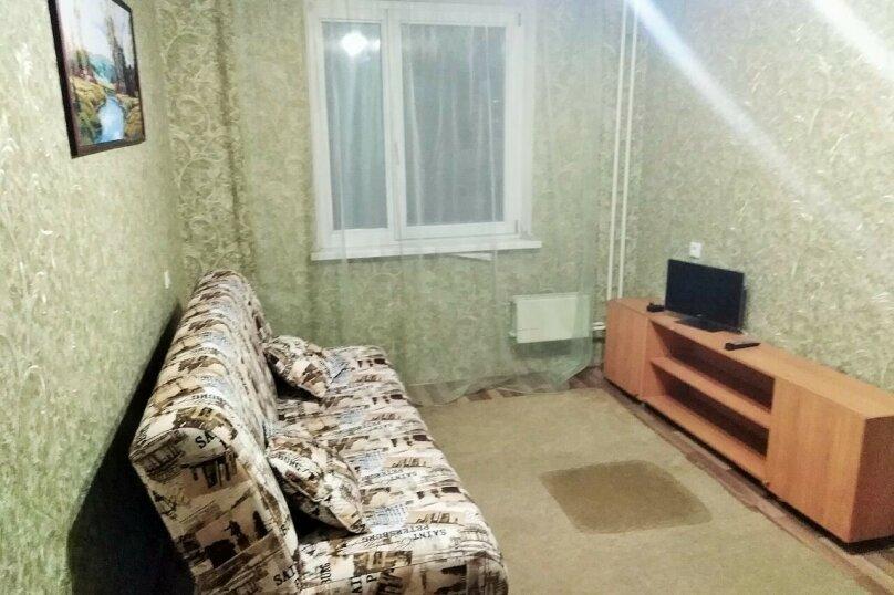 2-комн. квартира, 65 кв.м. на 4 человека, улица 78-й Добровольческой Бригады, 19, Красноярск - Фотография 3