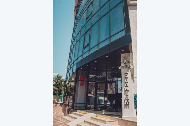 """Апарт-отель """"Аквариум"""", улица Просвещения, 204Б на 50 номеров - Фотография 1"""