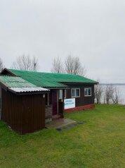 Дом на  8 человек, 90 кв.м. на 8 человек, деревня Завирье, Центральная, 55, Осташков - Фотография 1