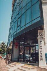 Апарт-отель, улица Просвещения, 204Б на 50 номеров - Фотография 1