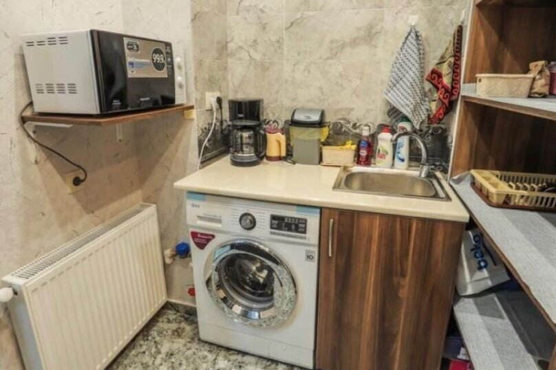 3-комн. квартира, 90 кв.м. на 6 человек, Авлабари, улица Владимира Месхишвили, 12, Тбилиси - Фотография 9