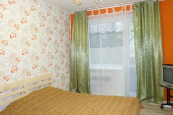 1-комн. квартира, 40 кв.м. на 4 человека, Ленинградская улица, 36, Калининград - Фотография 1