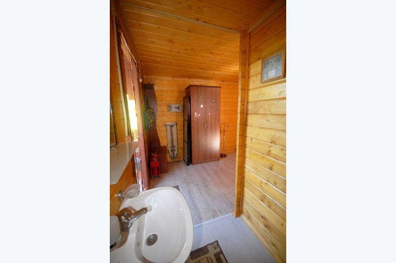 Гостевой дом , ,  на 2 комнаты - Фотография 12