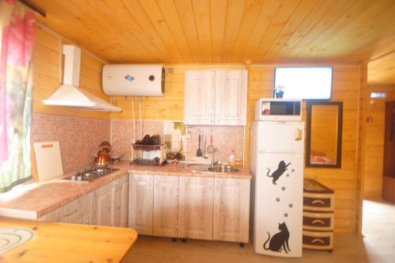 Гостевой дом , ,  на 2 комнаты - Фотография 15
