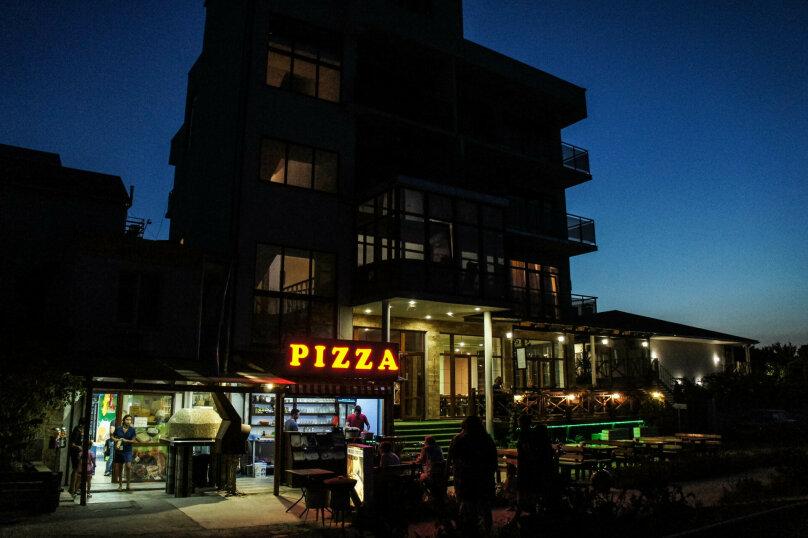 """Отель """"АкунаМатата"""", Морская улица, 9А на 14 номеров - Фотография 33"""