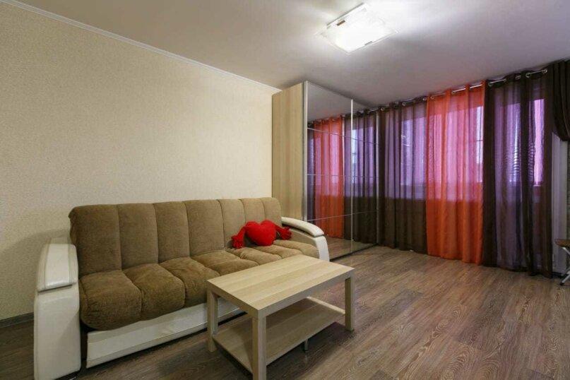 1-комн. квартира, 32 кв.м. на 3 человека, Сибирская улица, 32, Новосибирск - Фотография 1
