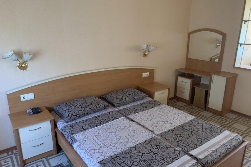 2-х комнатный номер на 4-х с удобствами, Садовая улица, 28, Николаевка, Крым - Фотография 1