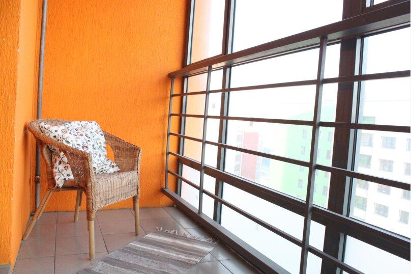 2-комн. квартира, 5419 кв.м. на 6 человек, улица Ю.-Р.Г. Эрвье, 24к1, Тюмень - Фотография 2