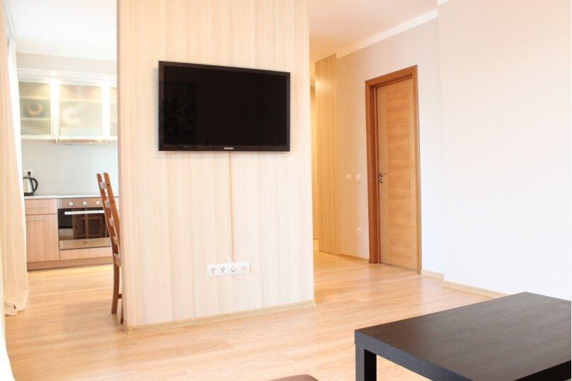 2-комн. квартира, 5419 кв.м. на 6 человек, улица Ю.-Р.Г. Эрвье, 24к1, Тюмень - Фотография 11