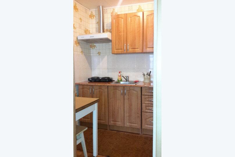 Отдельный однокомнатный домик, 35 кв.м. на 4 человека, 1 спальня, Наваринская улица, 10, Севастополь - Фотография 3