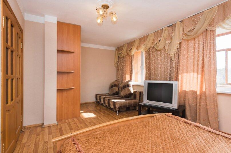 1-комн. квартира, 35 кв.м. на 4 человека, Автомагистральная улица, 33, Екатеринбург - Фотография 3