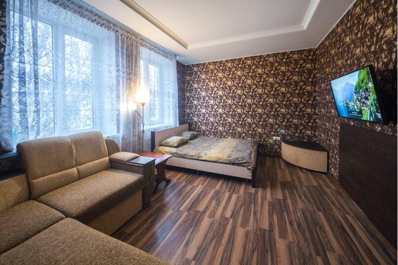 2-комн. квартира, 50 кв.м. на 6 человек, улица Карла Маркса, 28, Могилев - Фотография 1