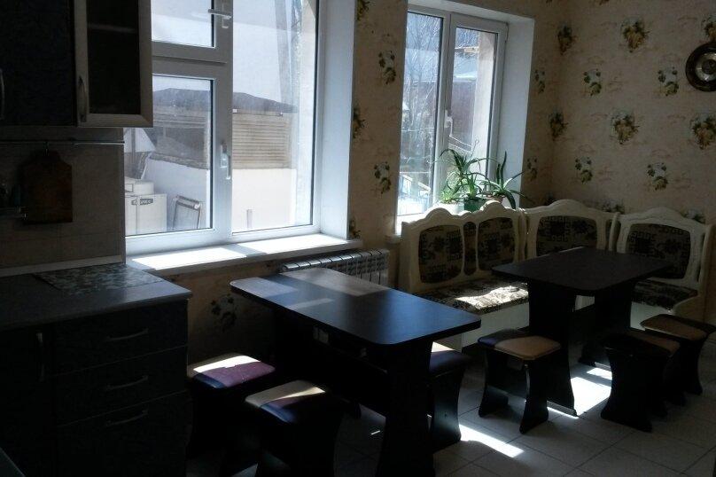 """Гостевой дом """"Курорт"""", Терская улица, 124 на 11 комнат - Фотография 10"""