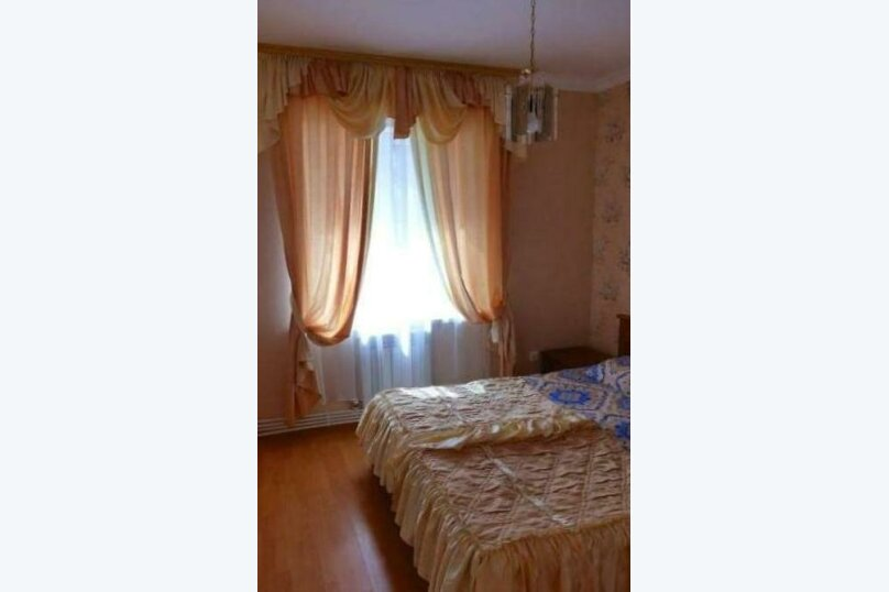 """Гостевой дом """"Курорт"""", Терская улица, 124 на 11 комнат - Фотография 19"""