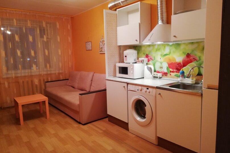 2-комн. квартира, 60 кв.м. на 5 человек, улица Маршала Чуйкова, 53, Казань - Фотография 2