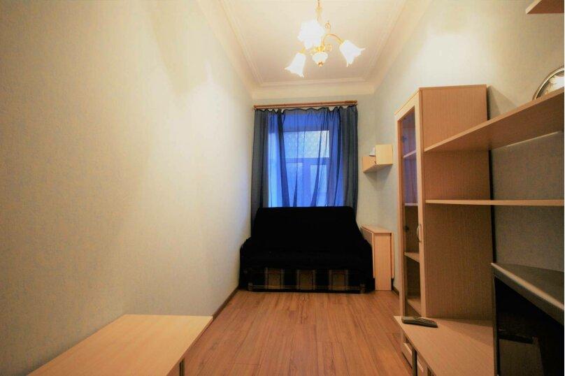 3-комн. квартира, 64 кв.м. на 6 человек, 14-я линия Васильевского острова, 35, Санкт-Петербург - Фотография 7