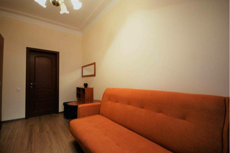 3-комн. квартира, 64 кв.м. на 6 человек, 14-я линия Васильевского острова, 35, Санкт-Петербург - Фотография 9
