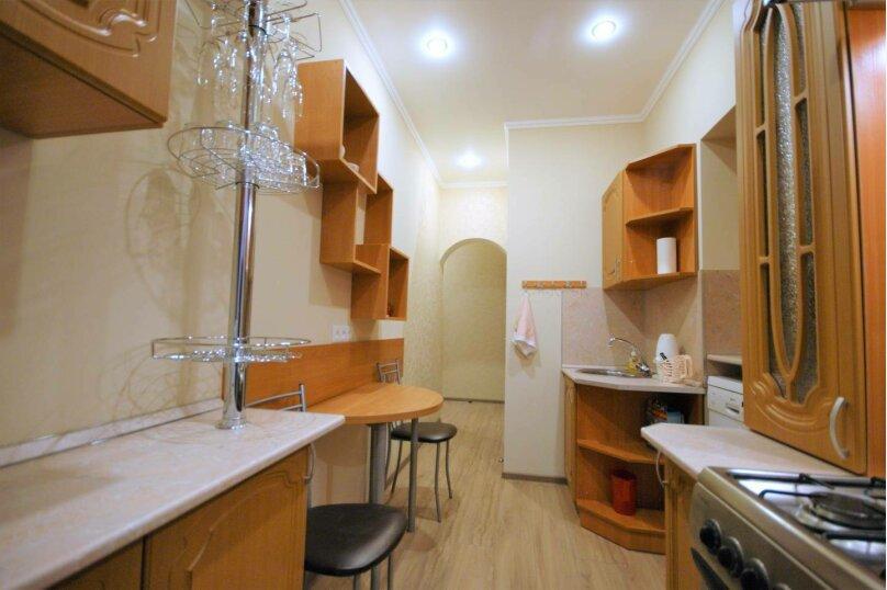 3-комн. квартира, 64 кв.м. на 6 человек, 14-я линия Васильевского острова, 35, Санкт-Петербург - Фотография 12