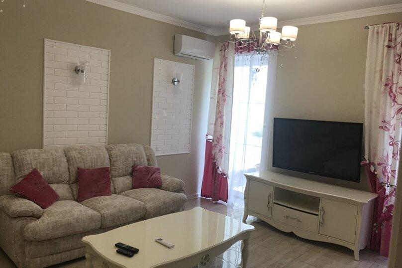 Новый дом с отдельным двором, 130 кв.м. на 8 человек, 3 спальни, улица Гагарина, 4А, Евпатория - Фотография 4
