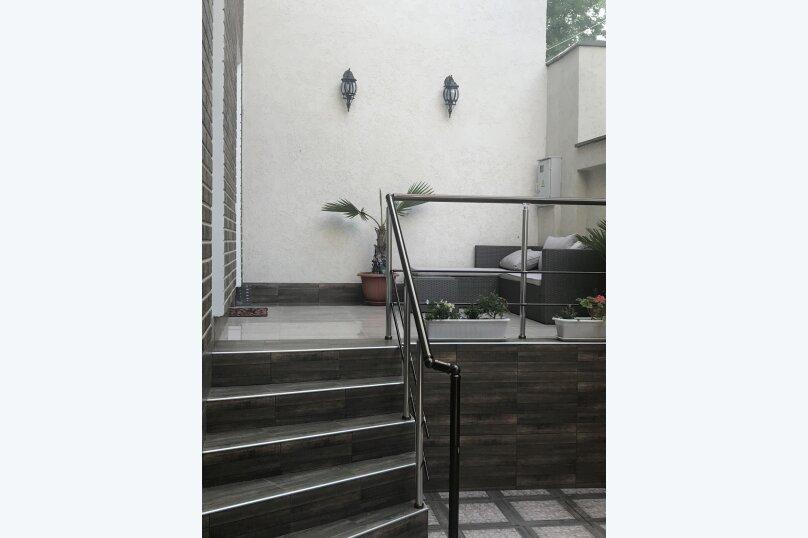 Новый дом с отдельным двором, 130 кв.м. на 8 человек, 3 спальни, улица Гагарина, 4А, Евпатория - Фотография 6