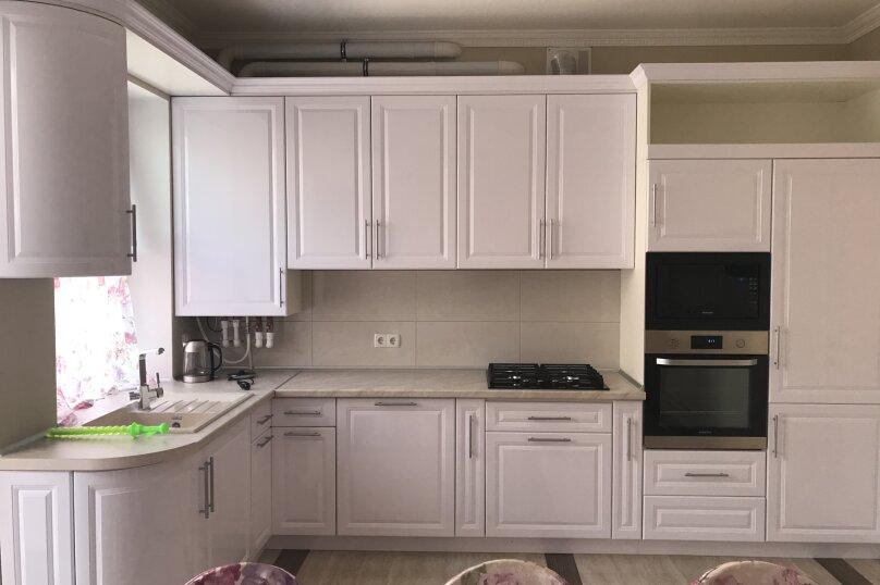 Новый дом с отдельным двором, 130 кв.м. на 8 человек, 3 спальни, улица Гагарина, 4А, Евпатория - Фотография 12