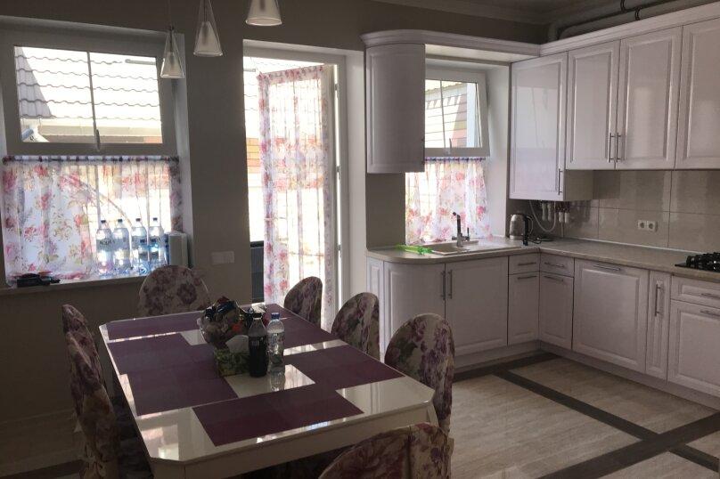 Новый дом с отдельным двором, 130 кв.м. на 8 человек, 3 спальни, улица Гагарина, 4А, Евпатория - Фотография 13