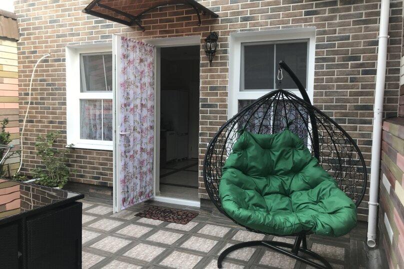 Новый дом с отдельным двором, 130 кв.м. на 8 человек, 3 спальни, улица Гагарина, 4А, Евпатория - Фотография 14