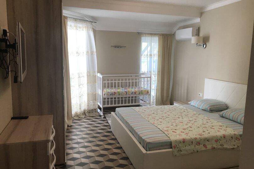 Новый дом с отдельным двором, 130 кв.м. на 8 человек, 3 спальни, улица Гагарина, 4А, Евпатория - Фотография 16