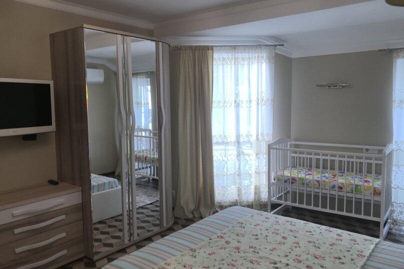 Новый дом с отдельным двором, 130 кв.м. на 8 человек, 3 спальни, улица Гагарина, 4А, Евпатория - Фотография 17