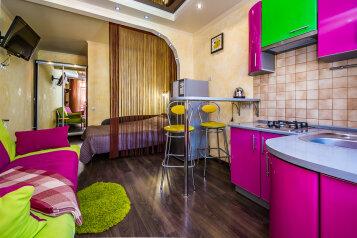 Гостевой дом, Ул. Голицына, 14 на 6 комнат - Фотография 1