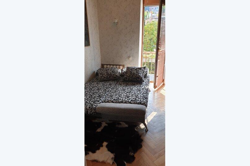 4-комн. квартира, 100 кв.м. на 8 человек, Киевская улица, 14, Ялта - Фотография 18